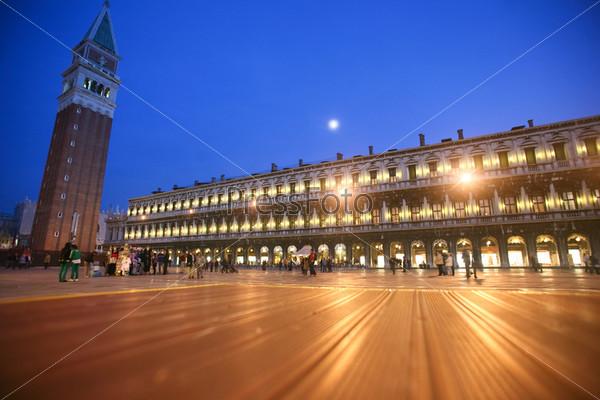Площадь Святого Марка в ночное время