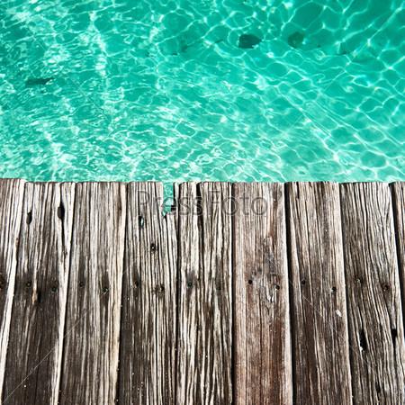 Причал на море