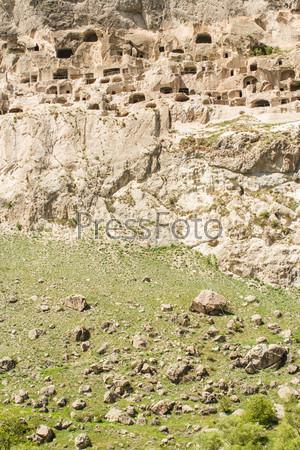 Средневековый пещерный монастырь Вардзия, Грузия, Закавказье