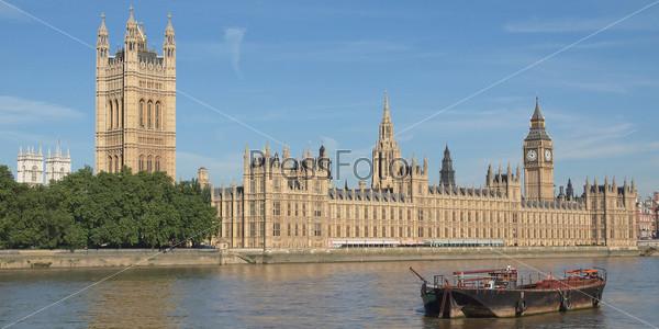 Здание Парламента или Вестминстерский дворец. Готическая архитектура Лондона