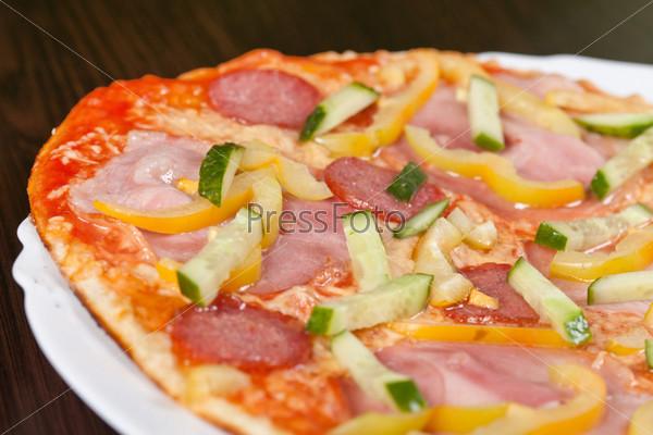 Фотография на тему Большая пицца