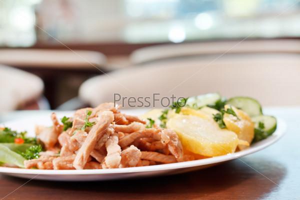 Фотография на тему Мясо с картофелем