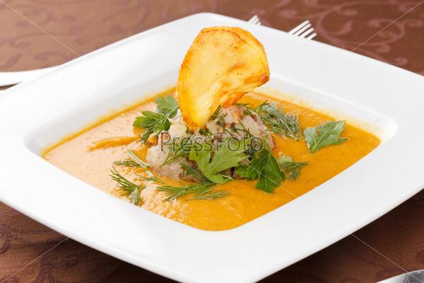 Фотография на тему Крем-суп с рисом и чипсами