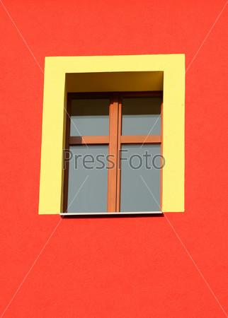 Желтое окно