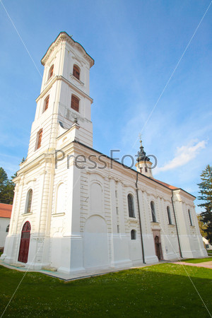 Монастырь Раваника