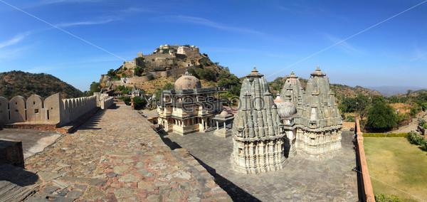 Панорама Форта Кумбалгарх в Индии