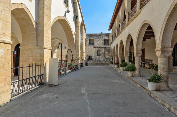 Фотография на тему Православный монастырь на Кипре