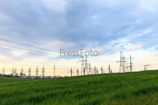 Фотография на тему Опоро линии электропередачи