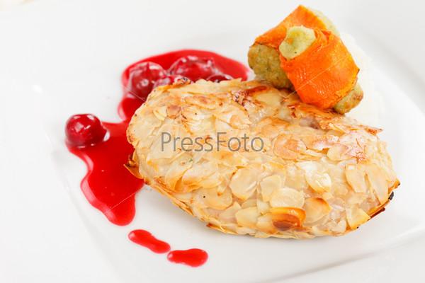 Фотография на тему Курица с вишневым соусом