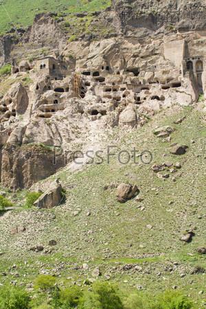 Средневековый пещерный город-монастырь Вардзия, Грузия, Закавказье