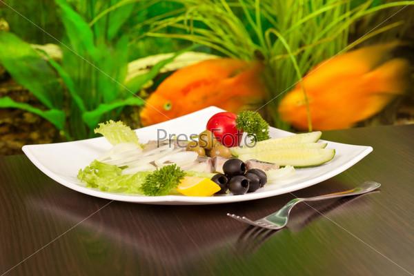 Сельдь и овощи