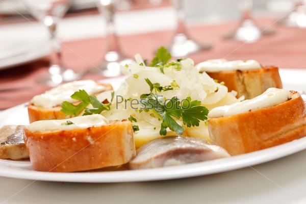 Фотография на тему Сельдь с картофелем