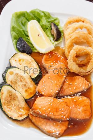 Фотография на тему Лосось с овощами