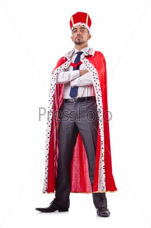 Бизнесмен изображает короля, изолированный на белом фоне
