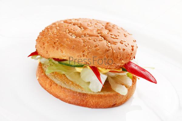 Бургер на белом