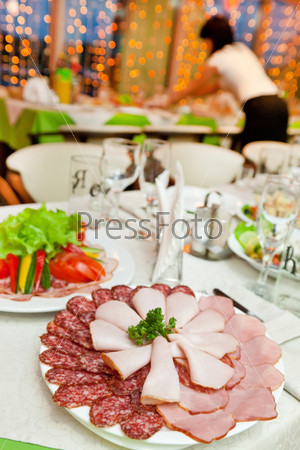 Фотография на тему Мясо на тарелке
