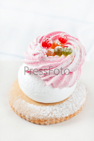Фотография на тему Ягодное пирожное