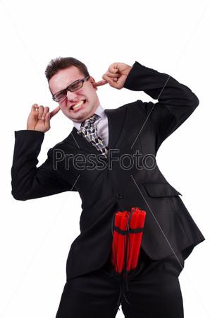 Бизнесмен с динамитом, изолированный на белом фоне