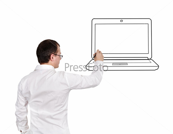 Бизнесмен рисует ноутбук