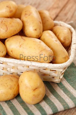 Свежийо картофель