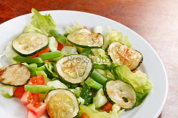Салат с цуккини