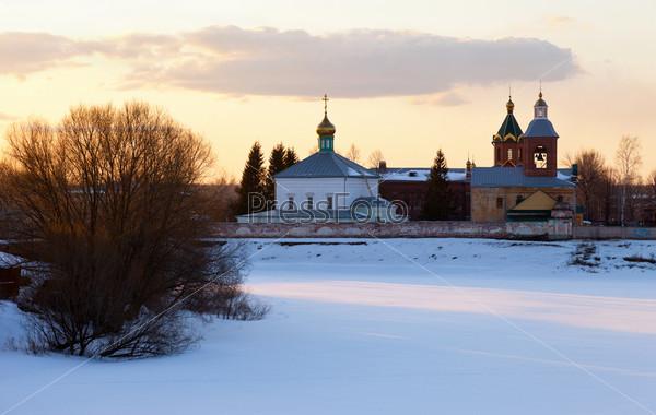 Христианский православный монастырь в Новгородской области, Россия