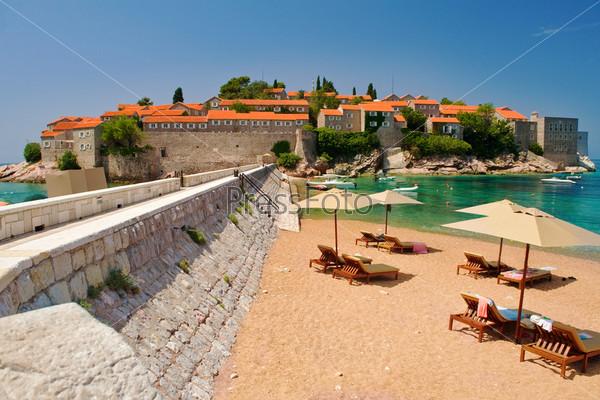 Курортный остров Свети Стефан, Черногория