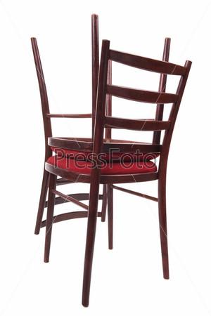 Два стула, изолированные на белом фоне
