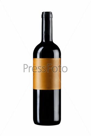 Неоткрытая бутылка вина, изолированная на белом