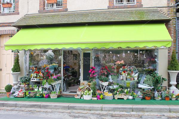 Цветочный магазин в Верней-сюр-Авр. Франция