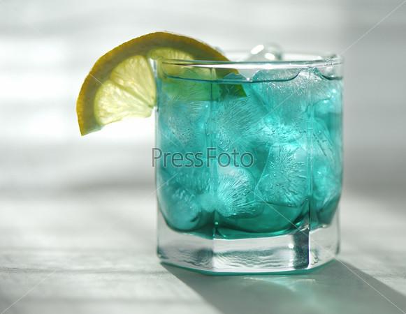 Фотография на тему Мятный сироп с лимоном и льдом