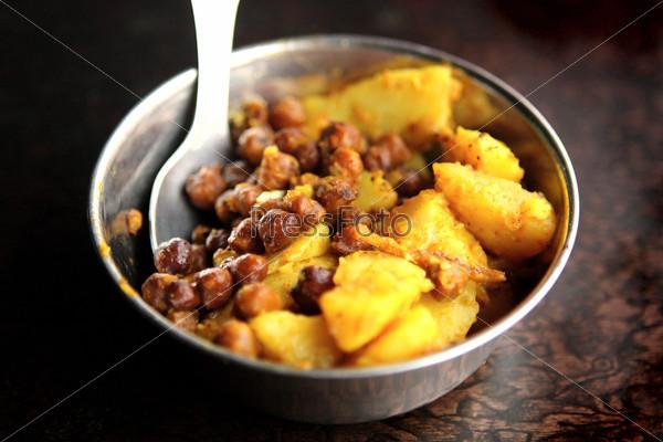 Местные блюда Непала - жареный картофель