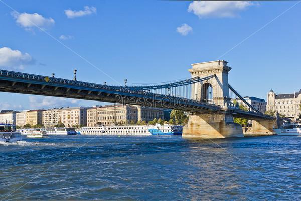 Подвесной мост Сечени в Будапеште