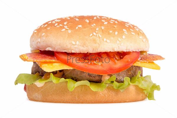 Охотничий бургер на белом фоне