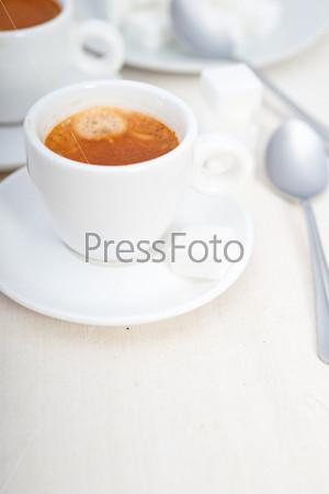 Итальянский эспрессо и сахар