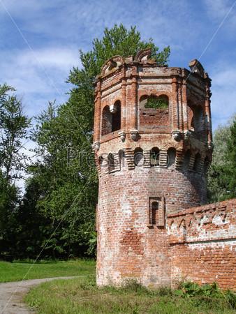 Южная башня Феодоровского городка. Пушкин