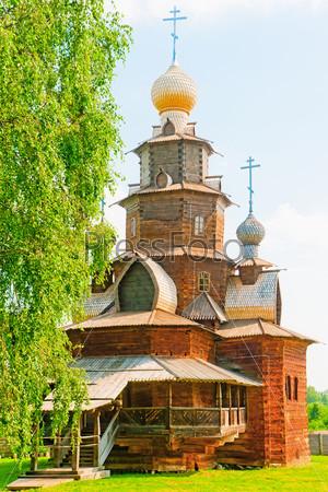 Русская деревянная церковь. Суздаль