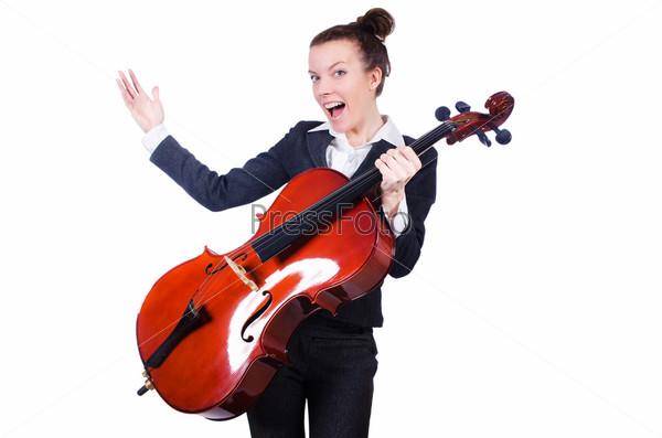 Бизнес-леди с виолончелью, изолированная на белом