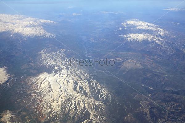 Кавказские горы (вид с самолета)