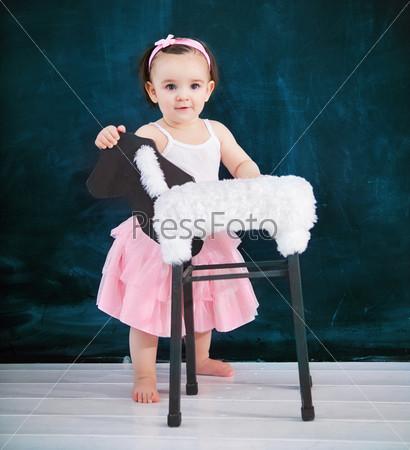 Фотография на тему Портрет годовалого ребенка в балетном костюме