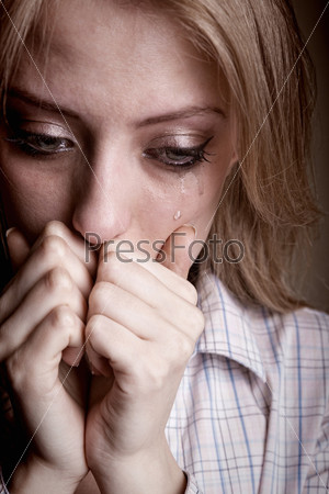 Плачущая женщина
