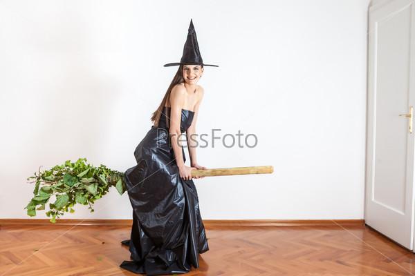 Летающая ведьма
