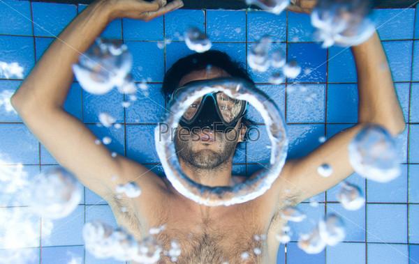 Фотография на тему Пузыри под водой