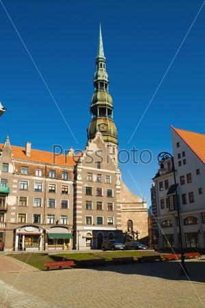 Рига - столица Латвии. «Дом Черноголовых» в старом городе