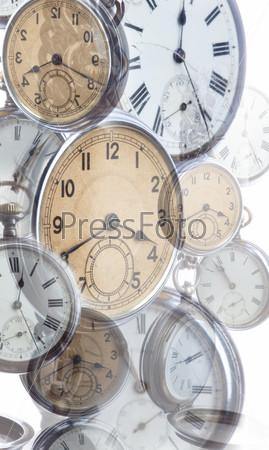 Коллаж из старинных часов