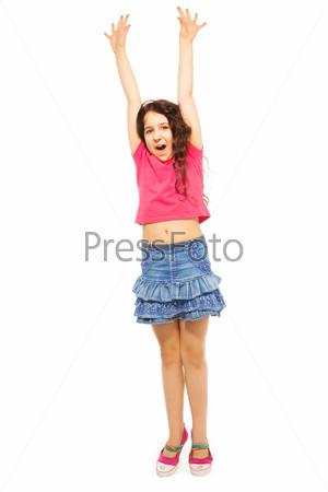 Фотография на тему Девочка прыгает от радости