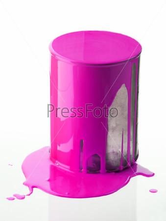 Фотография на тему Банка с розовой краской