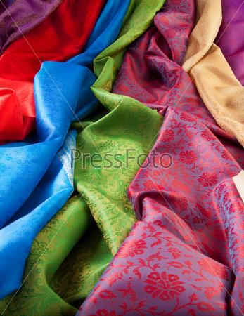 Шелковые ткани крупным планом