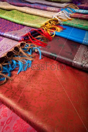 Фотография на тему Различные красивые ткани с бахрамой