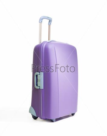 Большой красивый фиолетовый чемодан